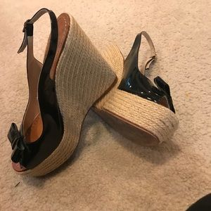 kate spade Shoes - Kate Spade Wedge Bow Sandals size 9